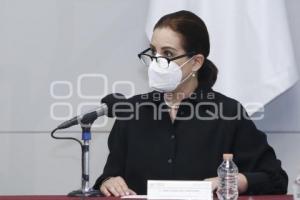ANA LUCÍA HILL