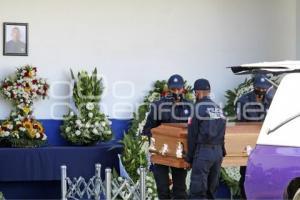 HOMENAJE LUCTUOSO POLICÍA
